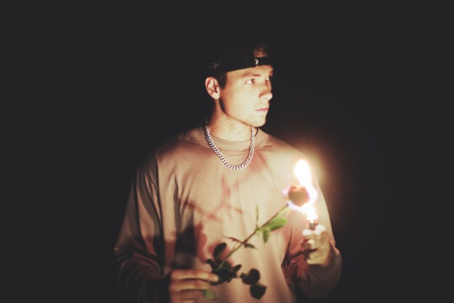 Noah Schnacky Releases Two New Songs