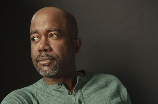 Darius Rucker & Lindsey Stirling Team Up For 'What Child Is This'