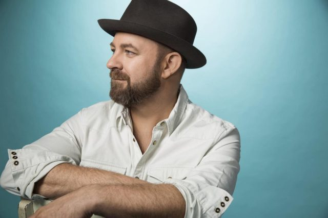 Kristian Bush Announces Annual Thanksgiving Show