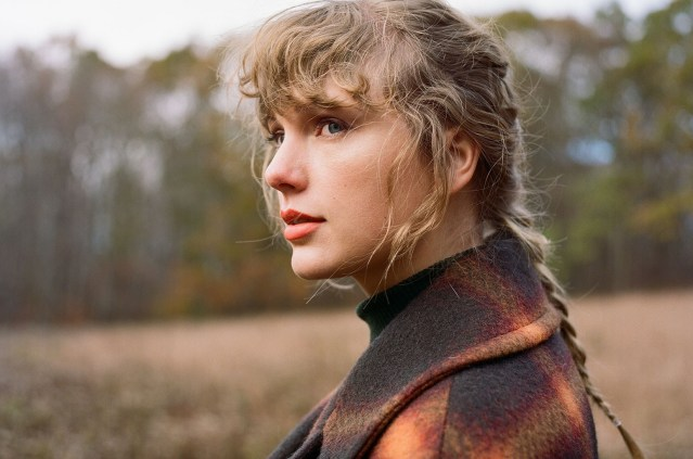 Taylor Swift Releases 'No Body, No Crime' To Country Radio