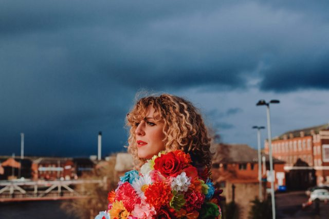 Lauren Housley Releases New Single, 'This Ain't The Life'