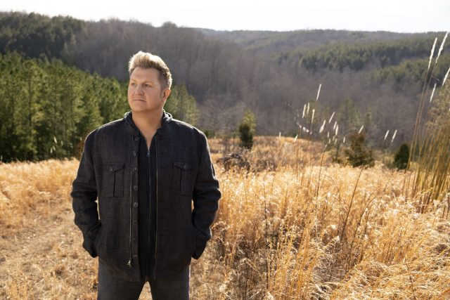INTERVIEW: Gary LeVox On His Solo EP, Touring, Country Record & More