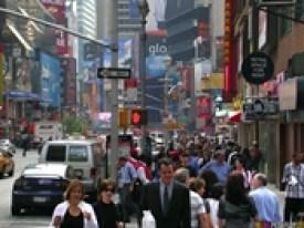 People_Walking_in_City_175x131