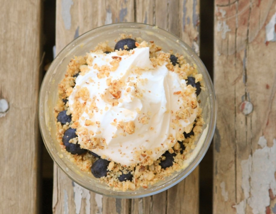 Minute Microwave Cheesecake by Your Lighter Side