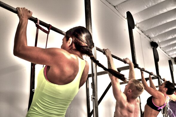 Wide Grip Versus Close Grip Pull Ups
