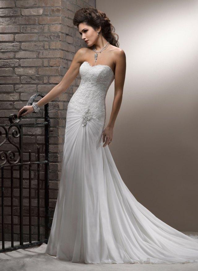 wedding planner malta - amazing wedding dress