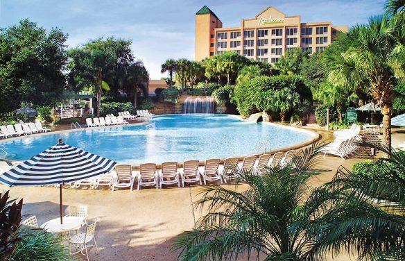 8258-4-hotel_carousel_large