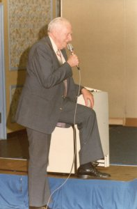 Bowen lauging at CC 1979