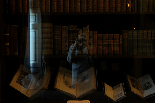 Dickens's library