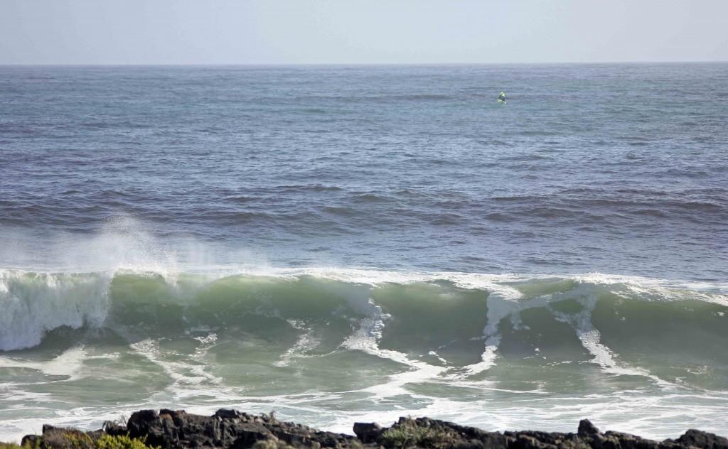 Monster Swells Hitting Coastline_Ganzekraal