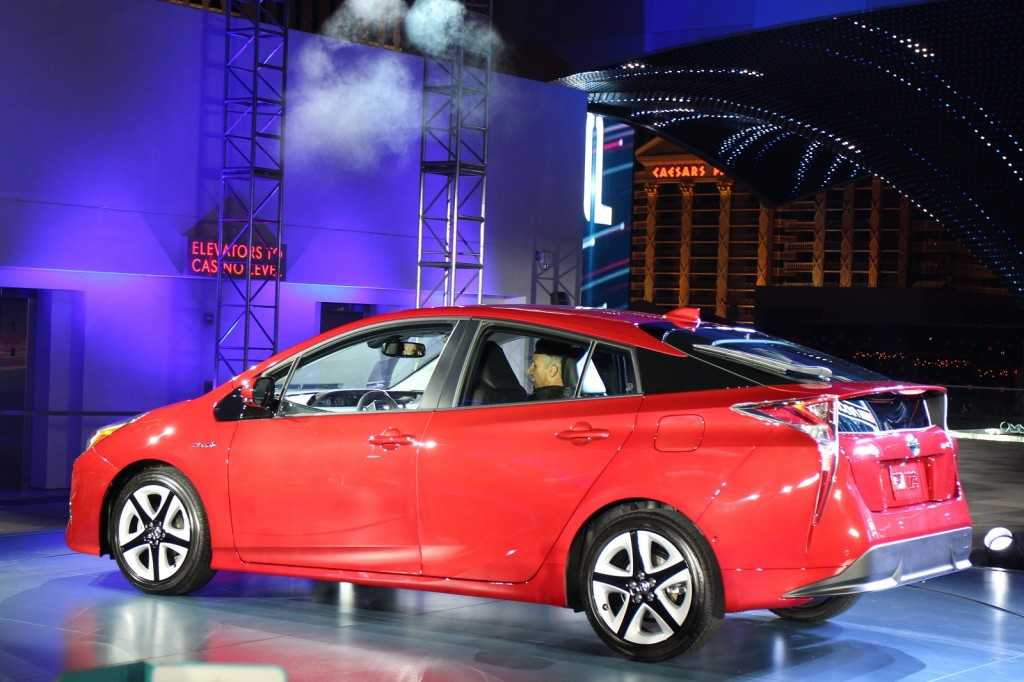 Las Vegas Premier for Toyota Prius 2016: First Vehicle Featuring Toyota New Global Architecture