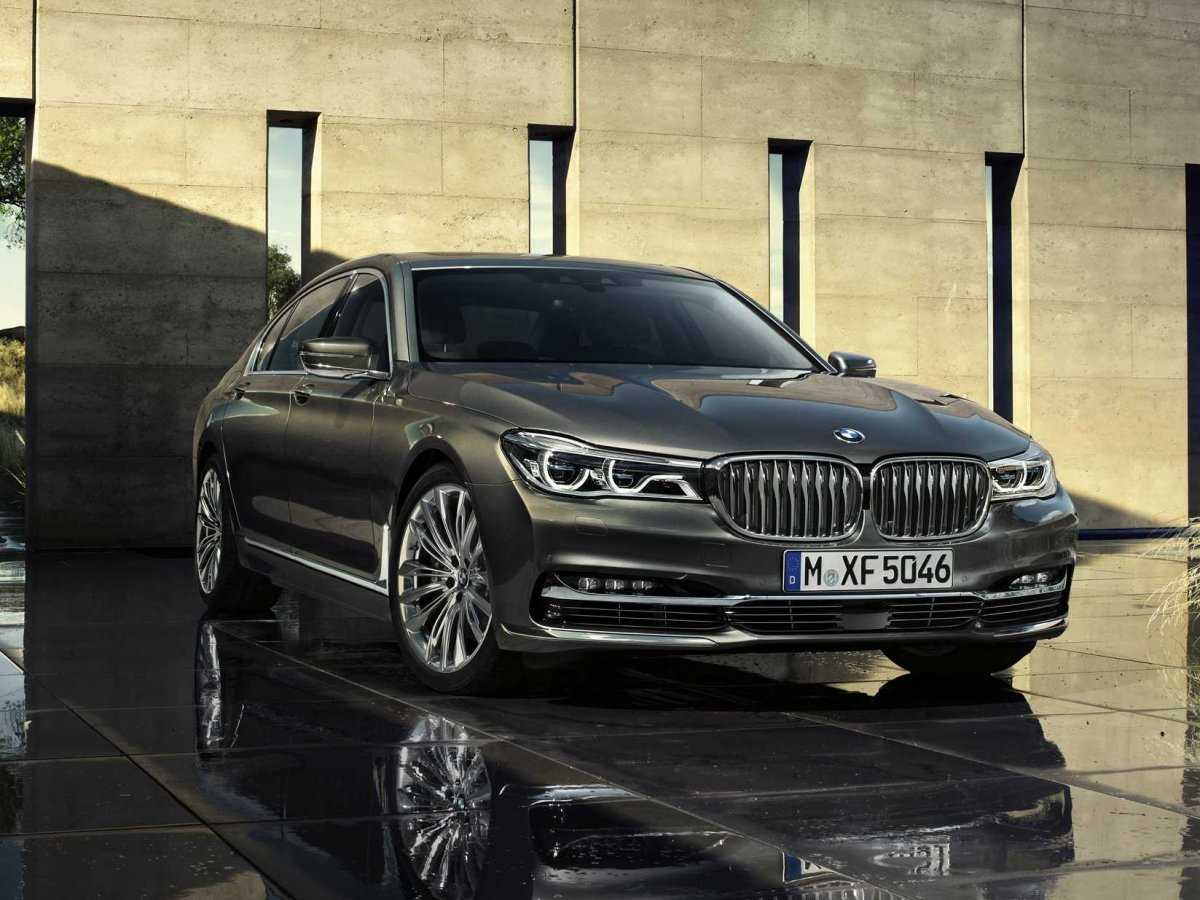 BMW 7 Series Loaded with Advanced Technologies: Experimental Marketing Strategy Adopted