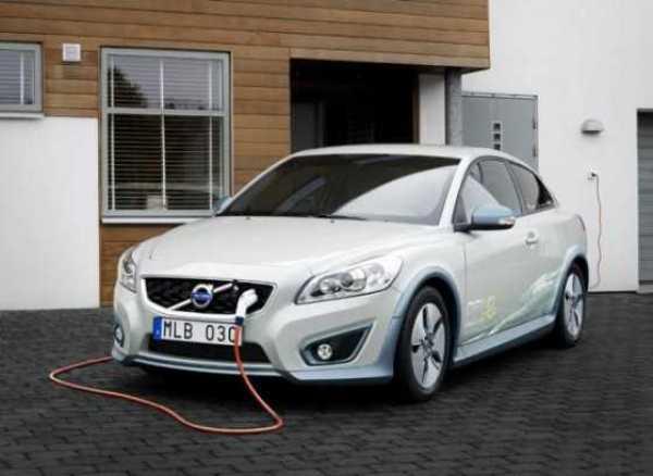 Volvo-C30-Electric-Car