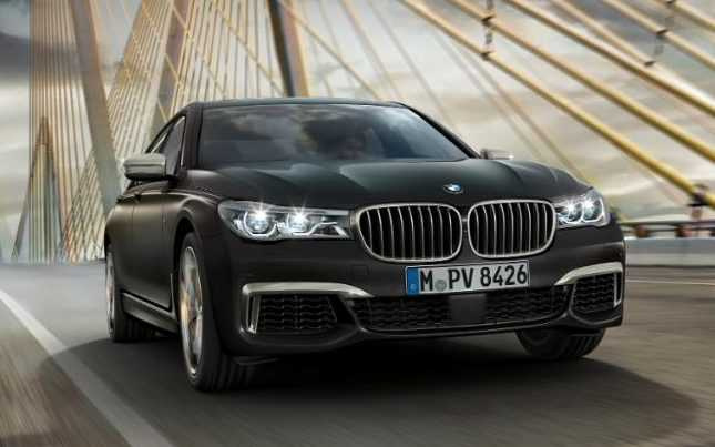 BMW Officially Launches 2017 M760Li XDrive with V12 Engine