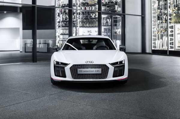 2017 Audi R8 V10 Plus Selection 24H front end