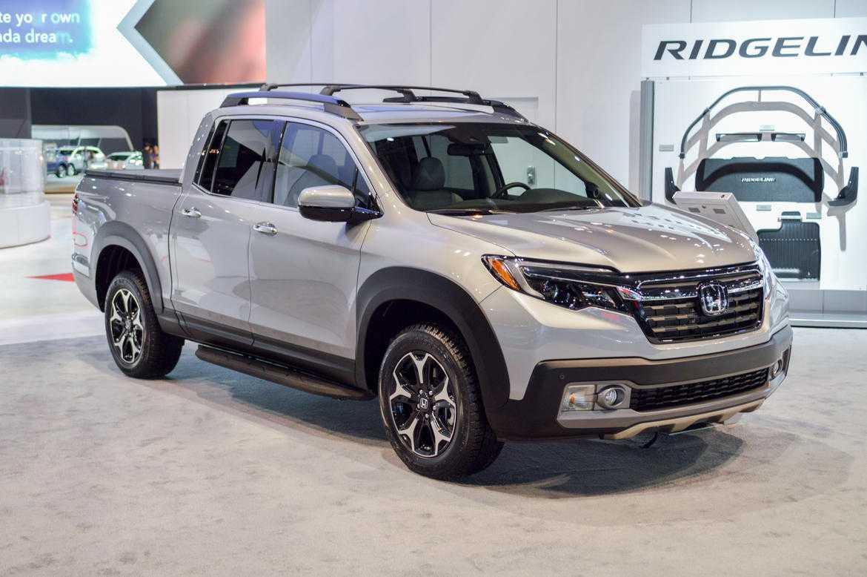 2017 Honda Ridgeline Only Manages Marginally Better Fuel Economy