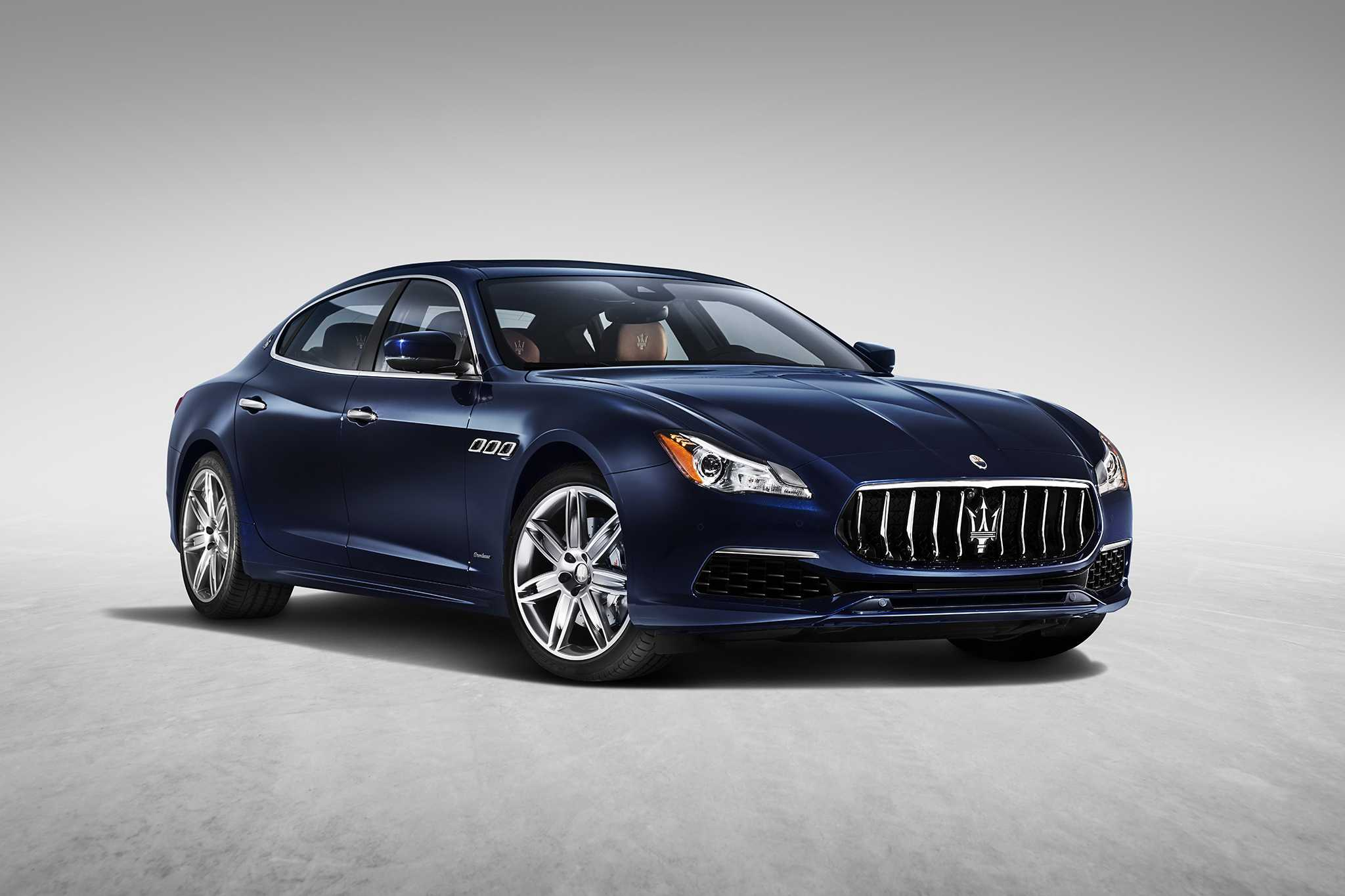 2017 Maserati Quattroporte Gets Updated, New Trim Levels and Packages