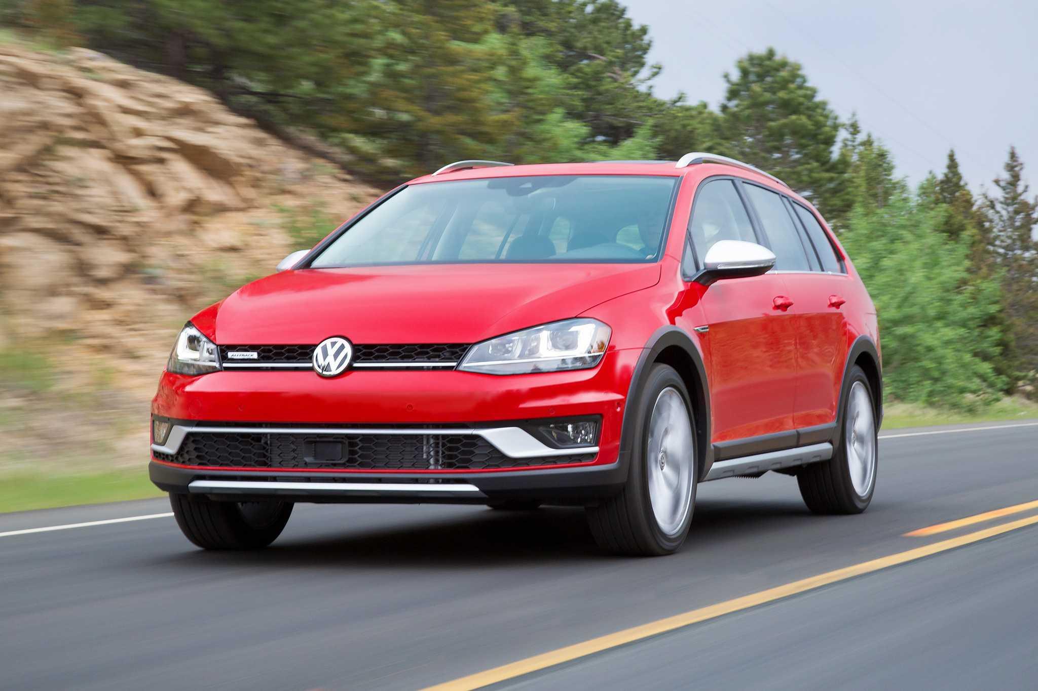 2017 Volkswagen Golf Alltrack Pricing Starts At $26,670