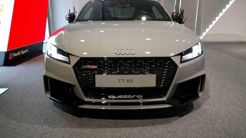 2018 Audi TT-RS Nardo Grey