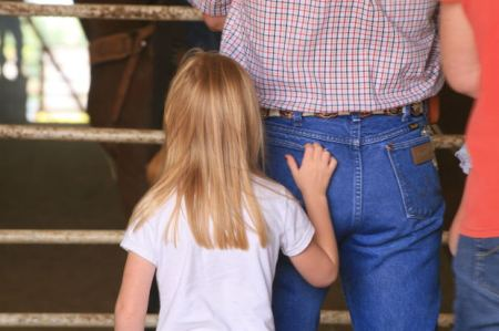father-daughter-back