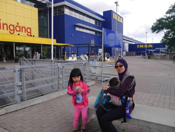 IKEA terbesar di dunia