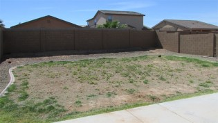 large back yard with block fencing, big enough for play, pets or pool - 1795 W Gold Mine Way, Queen Creek, Arizona 85142 - Pool Size Back Yard - Bill Salvatore, Arizona Elite Properties 602-999-0952 - Arizona Real Estate