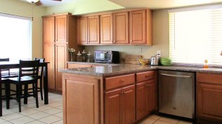 9 kitchen1