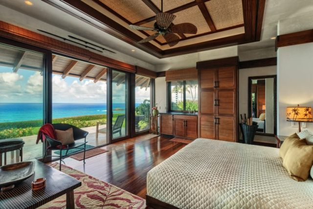 Bedroom with full glass wall facing the Pacific Ocean and private beach - Most Expensive Home in Hawaii via RIS Media - Bill Salvatore, Arizona Elite Properties 602-999-0952 - Arizona Real Estate