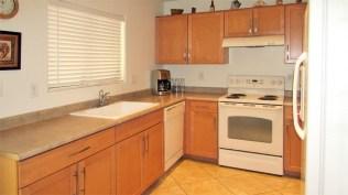 8 kitchen2