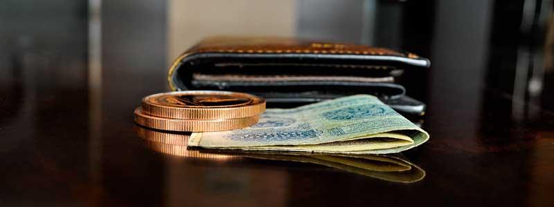 bills banknote coins wallet