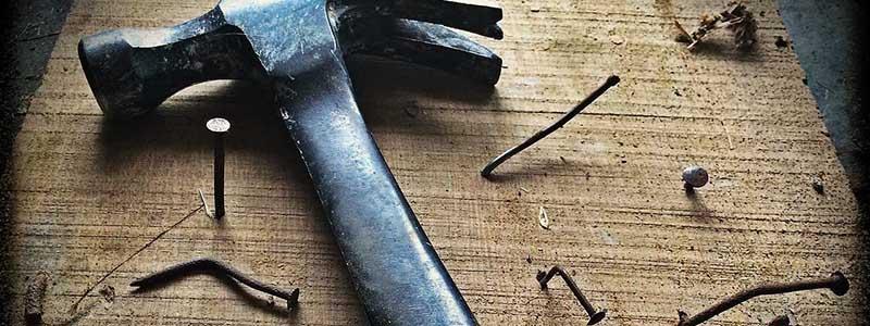 hammer nails wood