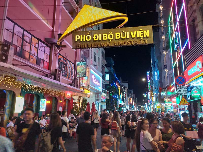vietnam walking street your wealthy mind
