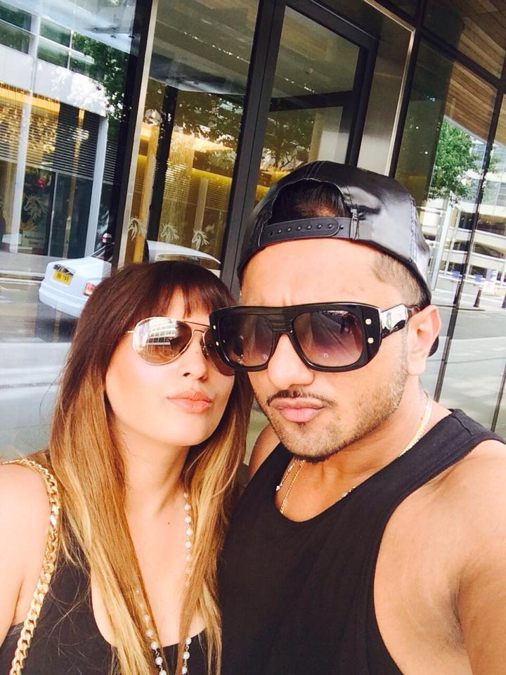 YoYo honey Singh with his wife Shalini Talwar