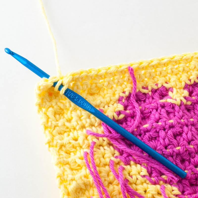 How To Bobble Stitch | YouShouldCraft.com #crochet #tutorial