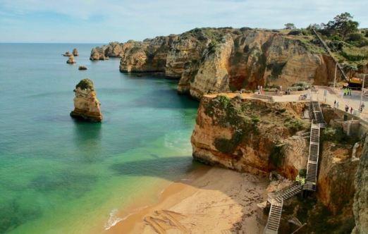 Praia da Dona Ana stairs