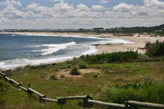 Playa Mansa waves