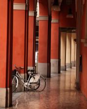 Bologna portico bike