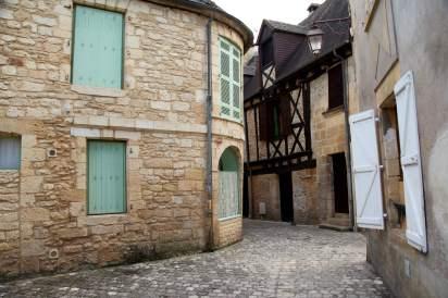 Montignac alley