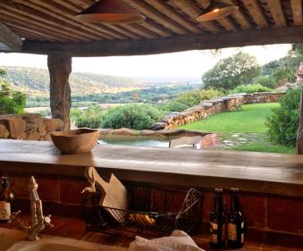 Domaine de Murtoli A Tiria kitchen view