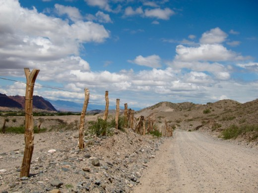 Ruta 40 Salta Argentina fence