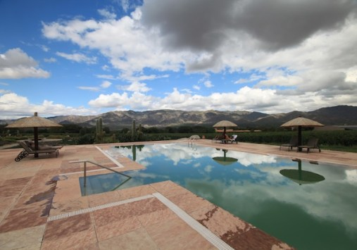 Colomé pool and sky