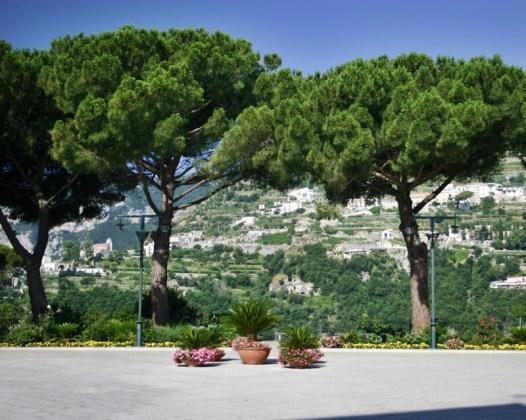 Ravello main piazza trees