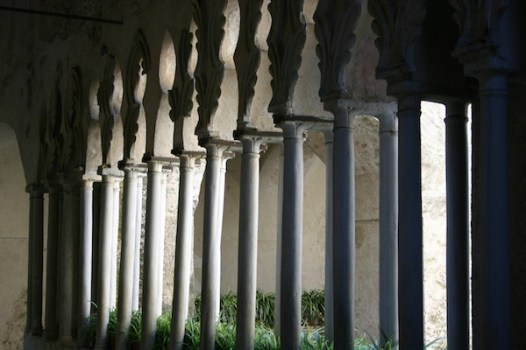 Ravello church column angle