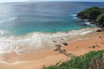 Praia do Sancho waves