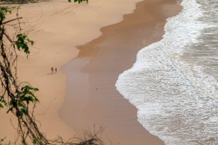 Praia do Sancho beach walkers