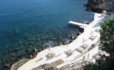 Il Pellicano beach stairs