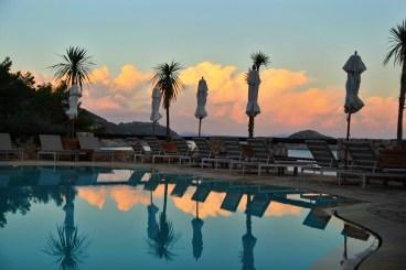 Il Pellicano pool sunset