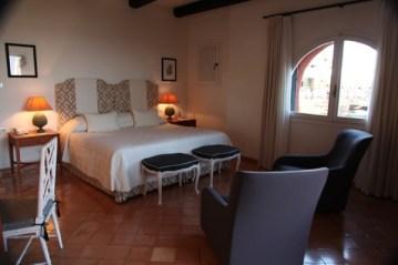Il Pellicano bedroom