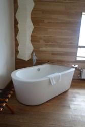 Tierra Patagonia bath tub