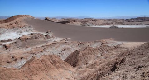 Atacama Val de Luna huge dune